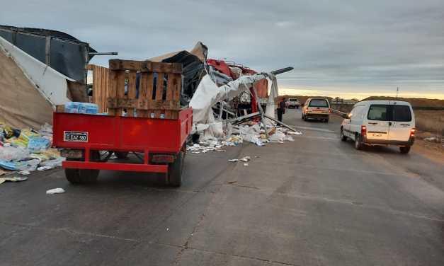 Accidente en Dalmacio – uno de los choferes quedó detenido