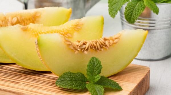 Resultado de imagem para melão fruta