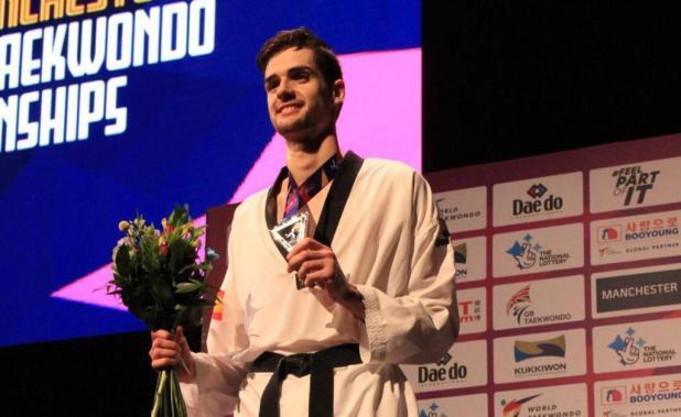 Javier Pérez, plata en Manchester