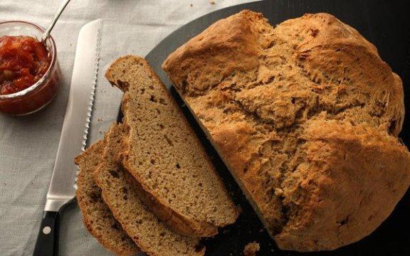 الخبز الأسود طريق الصحة والرشاقة و الكثير من الفوائد