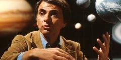 كارل ساغان عالم الفلك وقصة نجاحه وشهرته