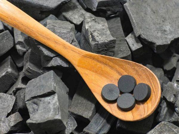 تجربتي مع حبوب الفحم للقولون و الجهاز الهضمي و البشرة