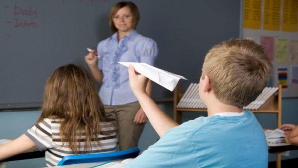 أعراض الإصابة بالحسد عند الأطفال