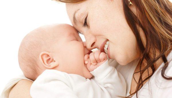 طرق تساعد على تحديد لون بشرة الأطفال الرضع
