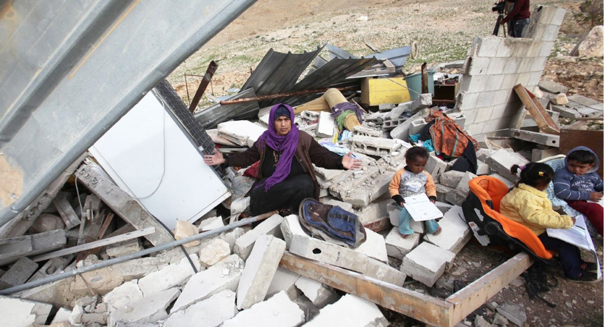 NEWSisrael-demolishing-palestinian-home01