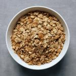 Low FODMAP Crunchy Granola in bowl