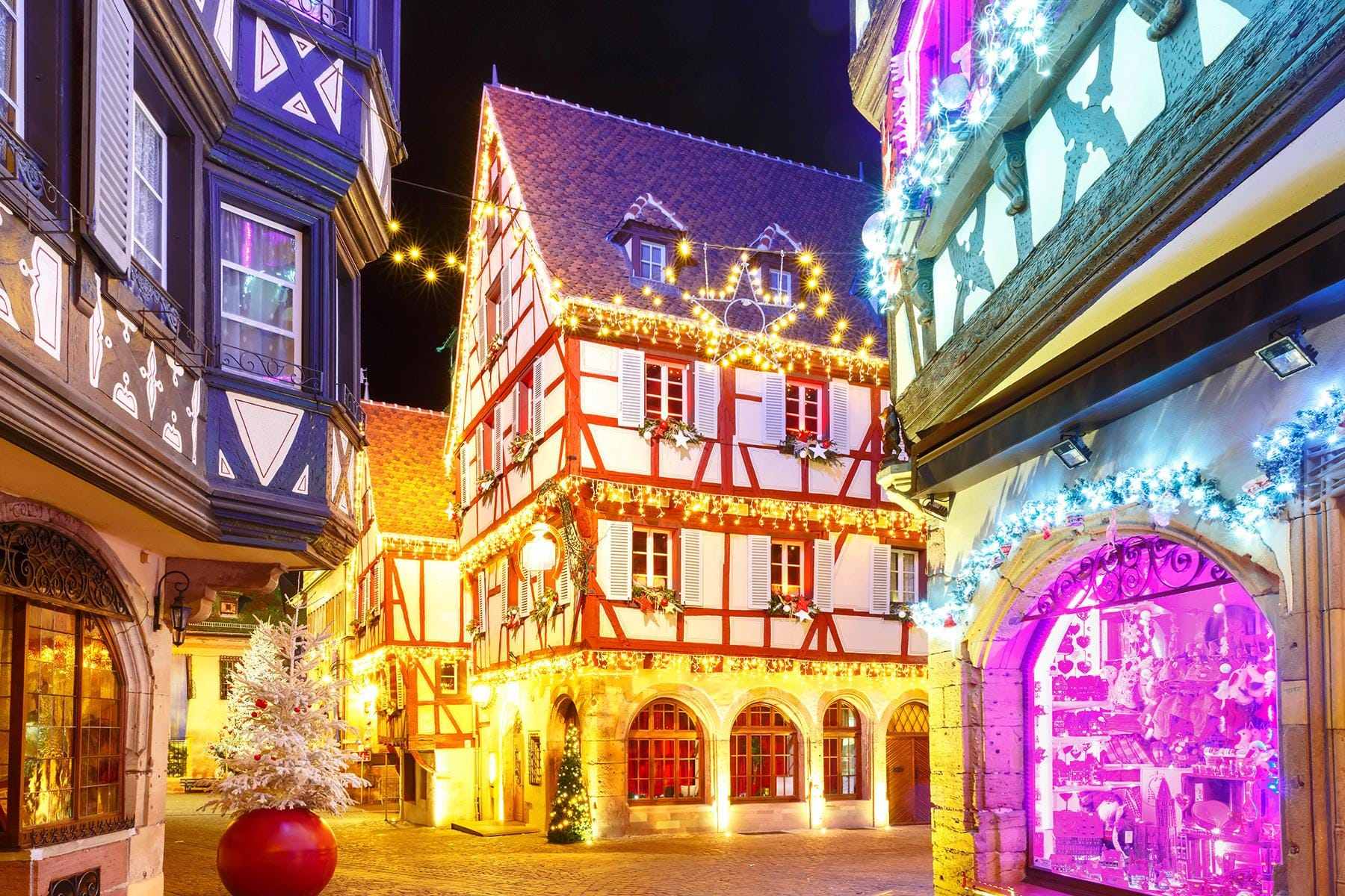 25/11/2016· france has a very diverse landscape. The Cutest and Most Festive Cities and Towns for ...