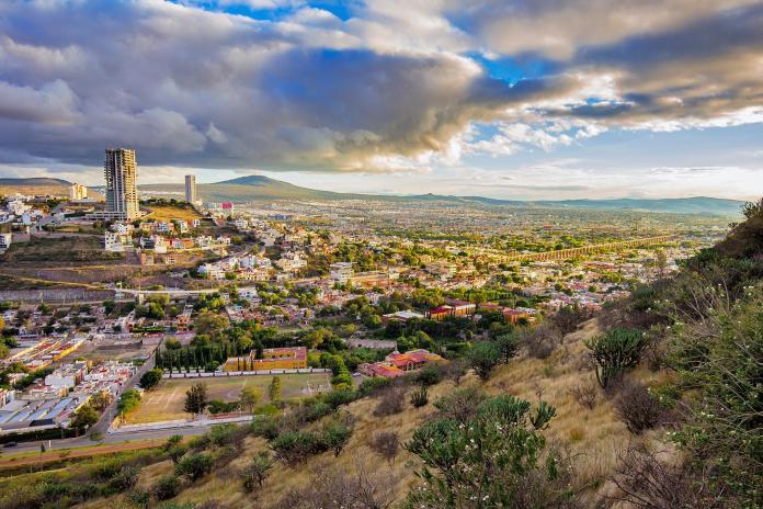 07_MexicoCityDayTrips__Queretaro_shutterstock_336838349