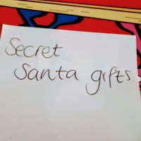 Secret Santa Post it