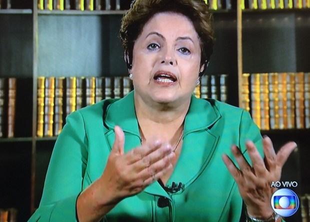 A presidente reeleita Dilma Rousseff, em entrevista ao Jornal Nacional (Foto: Reprodução/TV Globo)