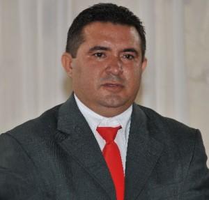 Presidente da Câmara Municipal de Novo Progresso Vereador Ubiraci Soares (Macarrão PT)>