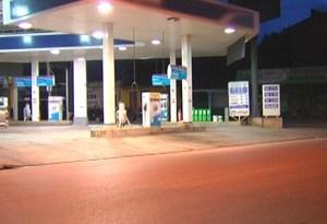 Imagens de câmeras de segurança do posto de  combustível devem auxiliar nas investigações  (Foto: Reprodução/TV Tapajós)