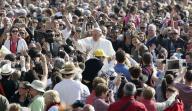 Papa Francisco durante audiência na Praça de São Pedro, no Vaticano
