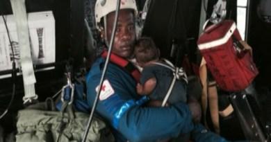 """Autoridades do país descreveram a sobrevivência de Maria Nelly Murillo, 18 anos, e do bebê, como um """"milagre"""" (Foto: BBC)"""