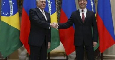 Temer e o primeiro-ministro da Rússia, Dmitri Medvedev