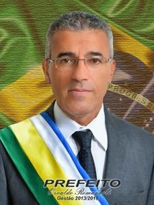 Osvaldo Romanholi (PR)- Prefeito afastado e cassado pela Câmara Municipal)