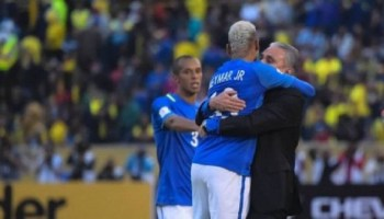Brasil sobe para o 3º lugar no ranking da Fifa e Argentina mantém liderança  - Esportes 090d9818c5afb