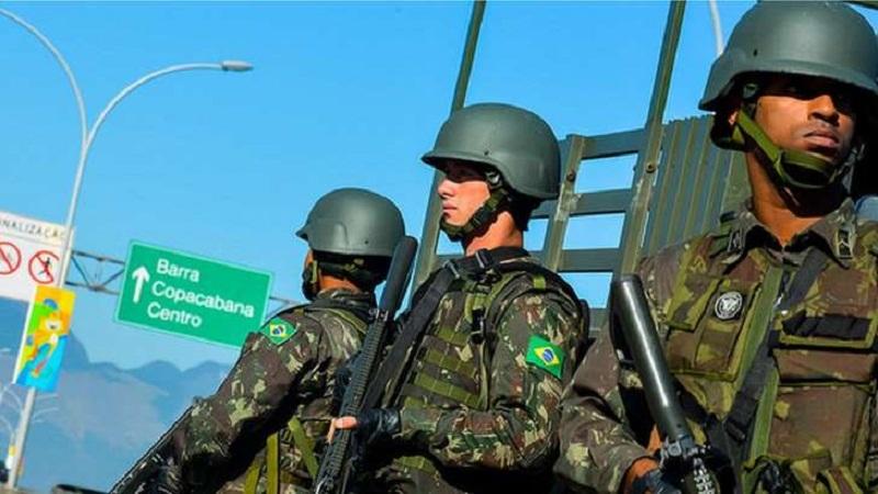 Exército patrulha Rio nas Olimpiadas de 2016: Emprego das Forças Armadas não resolve o problema da segurança pública, afirma comandante [ Foto: Exército Brasileiro]