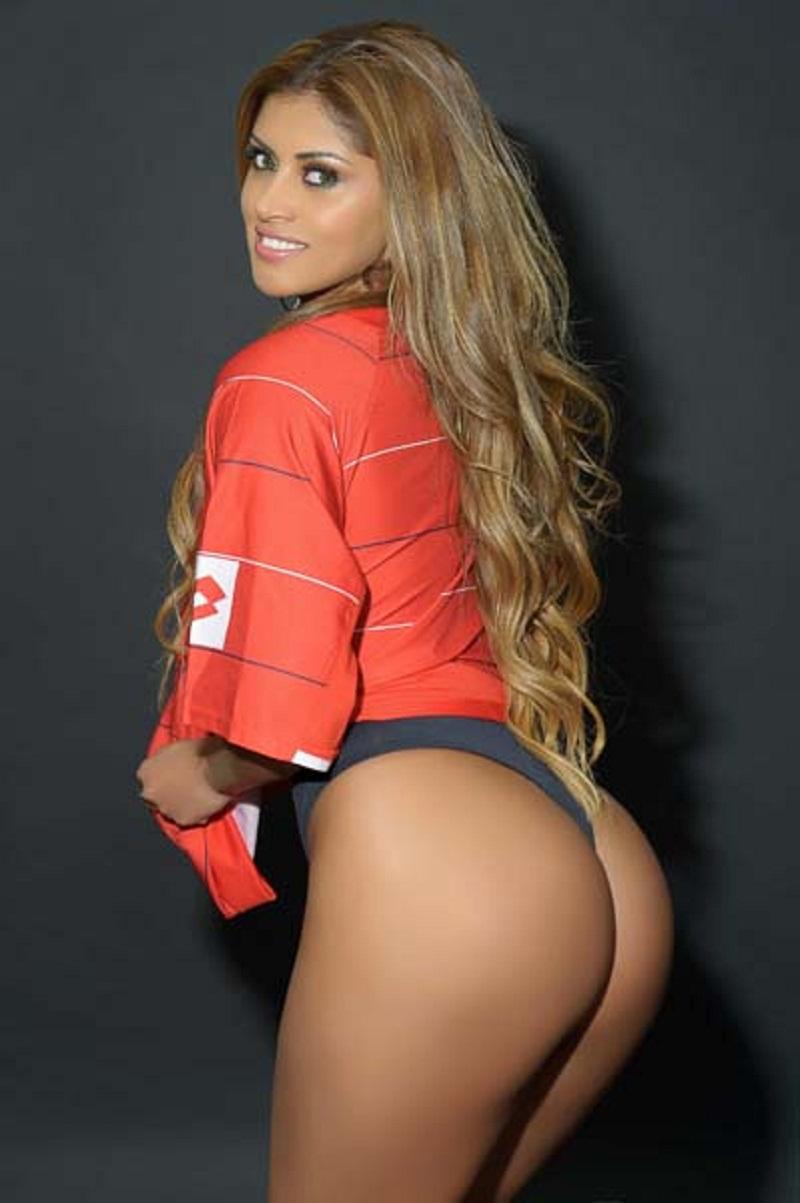 Rosie Oliveira Nude Photos 26