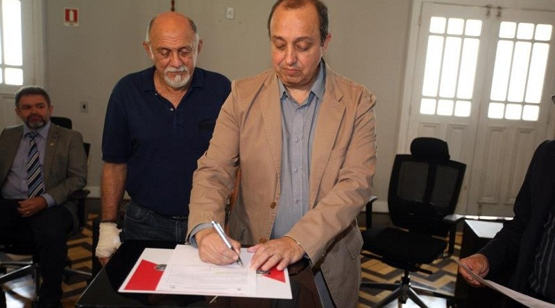 O secretário de Saúde, Vitor Mateus informou que os equipamentos recebidos vão garantir o fortalecimento da rede de serviços