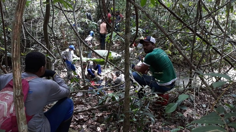Piloto foi resgatado com vida, em meio à selva em Peixoto de Azevedo — Foto: Arquivo pessoal