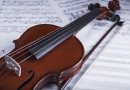 Jovem violinista é aprovado para estudar na Bélgica e faz vaquinha para conseguir viajar