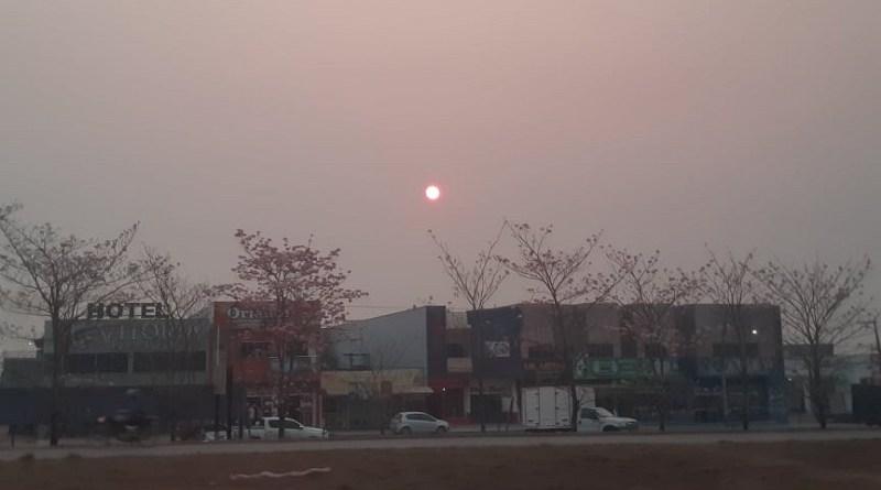 Fumaça esconde o Sol em Novo Progresso – Fotos