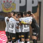 Corinthians vence Bahia, respira no Brasileirão e deixa rival perto do Z-4
