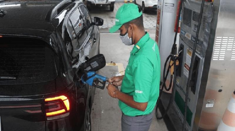 Preço da gasolina deixam motoristas em pânico e revoltados