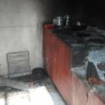 Menino de 3 anos morre queimado após jogar gasolina em fogão a lenha