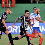 Corinthians fica no empate sem gols com o Bahia em Salvador