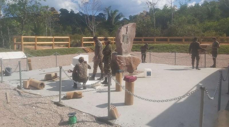 O Jornal Folha do Progresso, esteve na tarde deste sábado 17 de julho de 2021 no local, encontrou homens do Exercito Brasileiro  trabalhando na restauração. (Foto:Jornal Folha do Progresso)