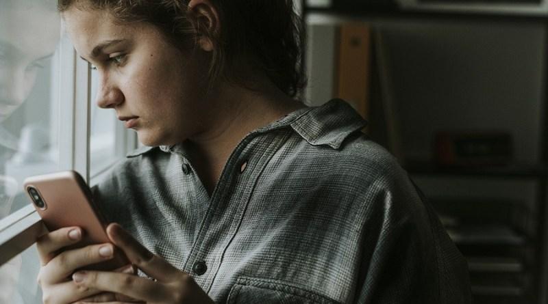 Teen girl bullied through social media