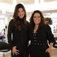 Repórter da RecordTV, Thatiana Brasil prestigia 15 anos de conceituado salão de beleza em SP