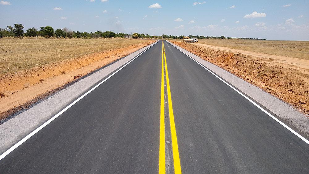 Produtores rurais avançam com a pavimentação de estradas no Oeste da Bahia