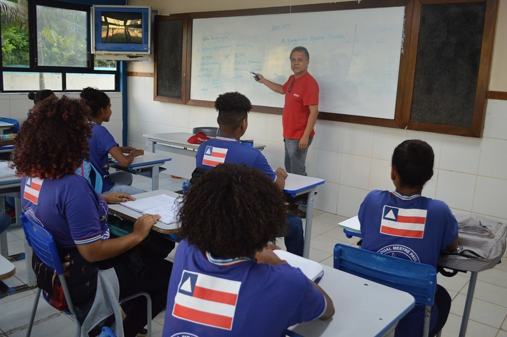 Prorrogado até 12 de outubro decreto que proíbe aulas e eventos na Bahia