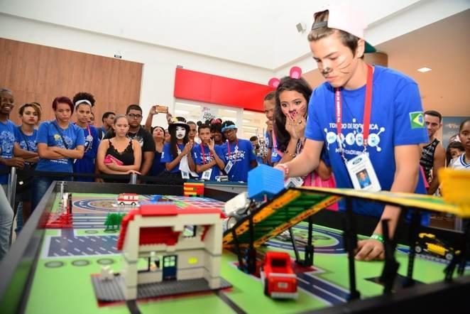 Ford promove desafio de robótica para alunos do programa de educação para jovens. Foto: Divulgação
