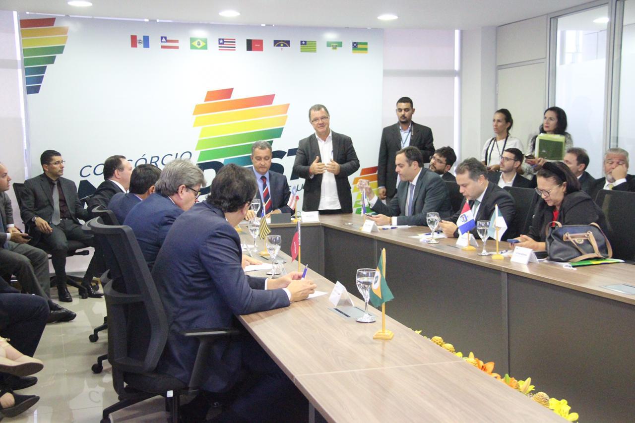 Governadores do Nordeste cobram ação imediata do Governo Federal no combate ao coronavírus