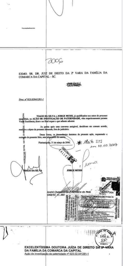 Acordo assinado por Tiago e Mussi em 31 de março de 2006 (Imagem: Reprodução)