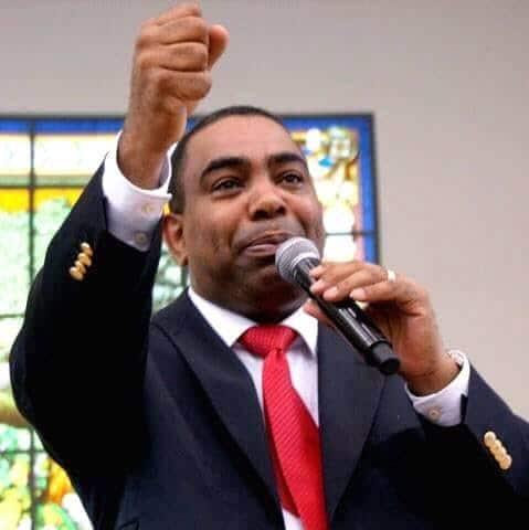 João Leite era responsável pela Igreja Universal do Reino de Deus em Angola (Foto: Reprodução/Facebook)