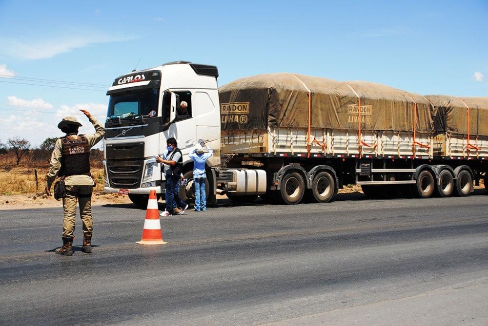 Abapa intensifica orientações para o correto transporte do algodão baiano