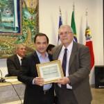 Superintendente do HFA recebe título de Cidadão Guarapariense