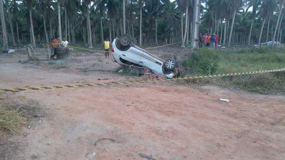 Comerciante morre e seis pessoas ficam feridas durante capotamento de carro na Grande JP