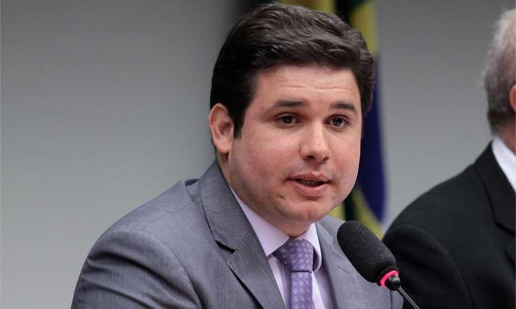 Hugo Motta defende debate sobre Vaquejada: