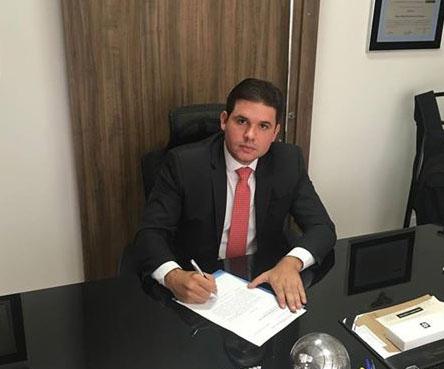 Hugo Motta diz que o seu gabinete está à inteira disposição de Dinaldinho