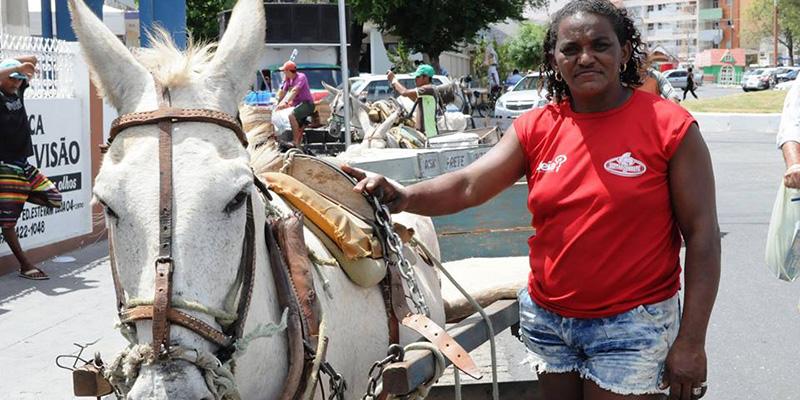 Maria da Carroça: o aniversário de uma lutadora