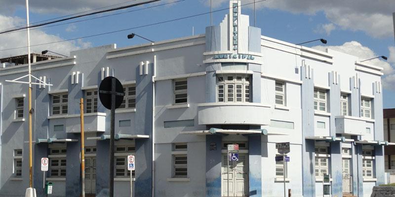 Decreto altera expediente em órgãos municipais durante período carnavalesco