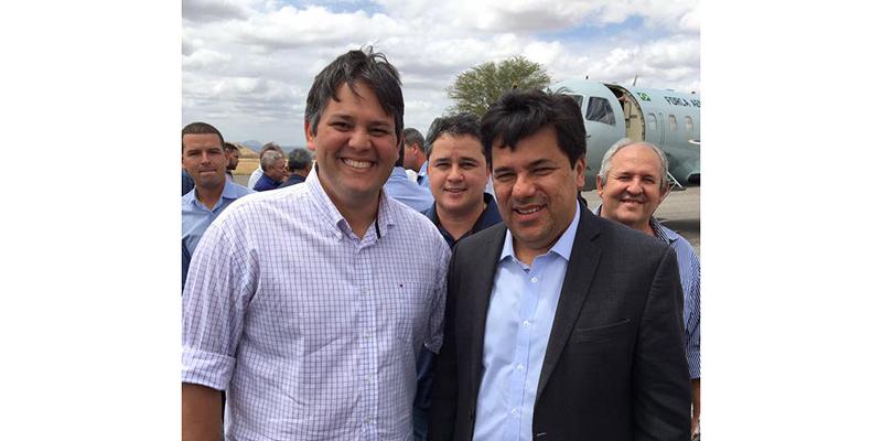 Dinaldinho recepciona ministro da Educação, que veio à Paraíba anunciar construção de um novo Campus do IFPB