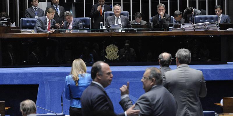 Senado aprova PEC do Teto dos Gastos Públicos em segundo turno