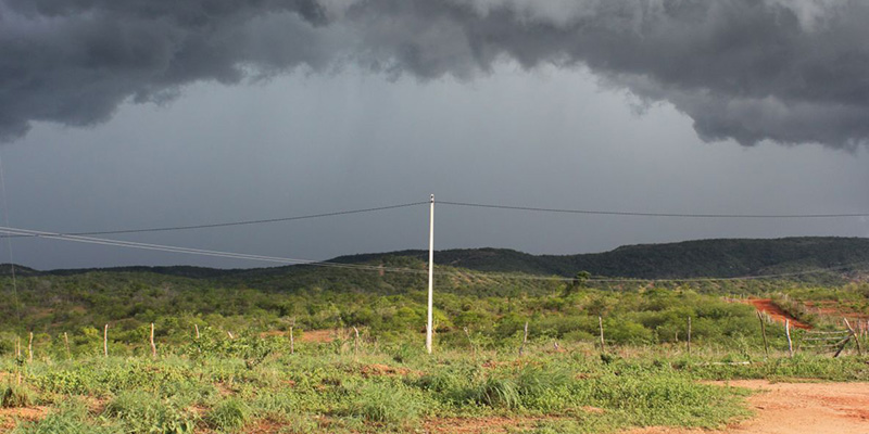 Moradores relatam chuvas em pelo menos 12 cidades do Sertão